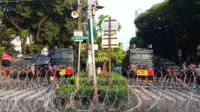 Pasca-penetapan Hasil Rekapitulasi, Polisi Bersenjata Bersiaga