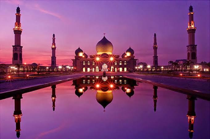 Masjid Agung An-Nur  Pekanbaru, Taj  Mahalnya Indonesia